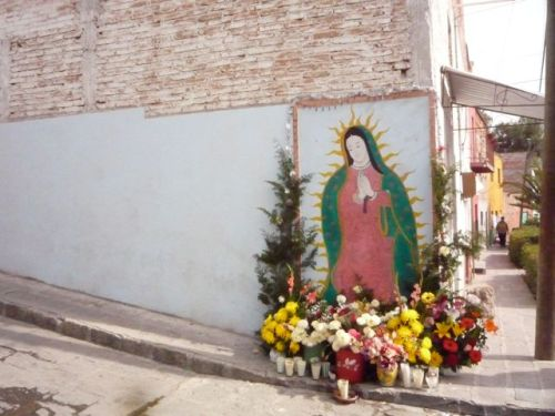 Virgin Shrine, colonia Independencia