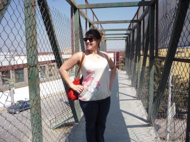 Crossing over to the Luciernaga